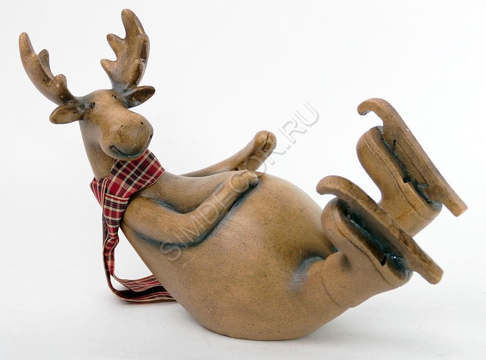 Новогодняя фигурка оленя